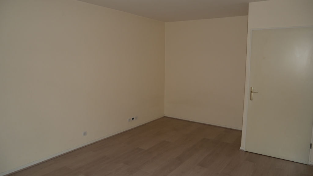 appartement-1-piece-s-32-m2